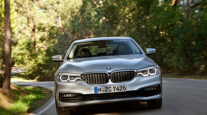 BMW_530E_iPERFORMANCE_pic-1